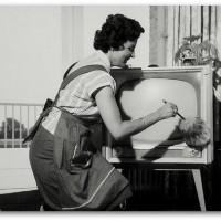 Dusting old TV II
